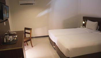Megara Hotel by Azana Pekanbaru - Business Twin No Smoking  Regular Plan