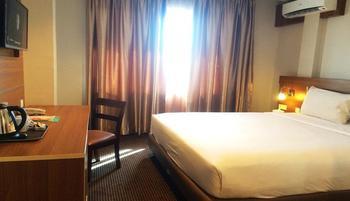 Megara Hotel by Azana Pekanbaru - Superior Room Only  Regular Plan