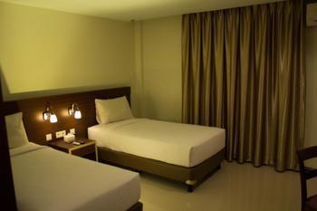 Megara Hotel by Azana Pekanbaru - Junior Suite Twin  Regular Plan