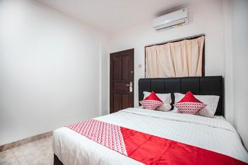 OYO 868 Wisma Berkat Jakarta - Standard Double Room Regular Plan