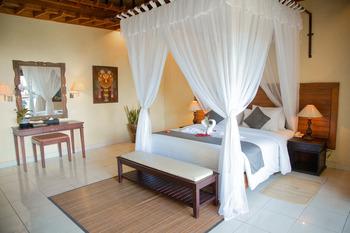 Aditya Beach Resort Bali - Beach Front Suite Room After Hours