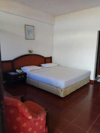 Darma Agung Beach Parapat Danau Toba - Standart A Room Only Regular Plan