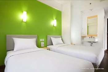 Amaris Bandara Jakarta - Smart Room Twin Special Promo Regular Plan