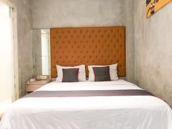 Collection O 31 The Batik Bed And Coffee Bandung Bandung - Deluxe Double Room Early Bird