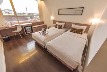 Hotel Grand Zuri Yogyakarta - Superior Room Only Regular Plan
