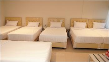 Aruuman Hotel Simpanglima Semarang Semarang - Family Room Only Kurma Deal