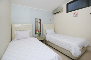 Zen Boutique Syariah Hotel Jakarta - Standard Twin Room Only Regular Plan