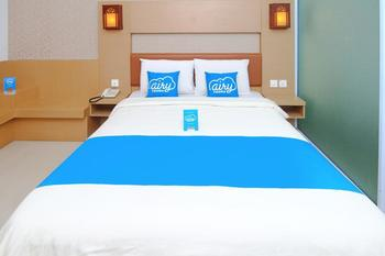 Airy Nagoya Dian Centre Baloi Batam - Standard Double Room with Breakfast Special Promo Apr 5