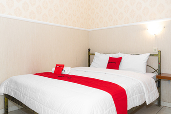 RedDoorz near Gajahmungkur Semarang Semarang - RedDoorz Room with Breakfast Regular Plan
