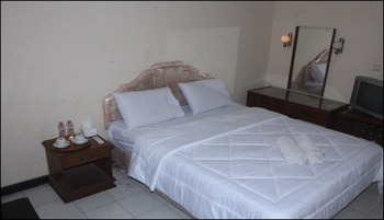Hotel Sanashtri by SHM Solo - Superior Room Only Promo Weekday 20%