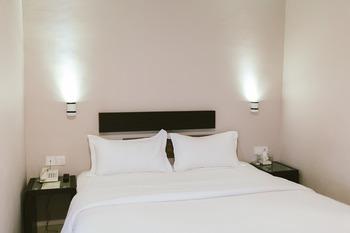 Barelang Hotel Nagoya Batam Batam - Standard King room only Regular Plan