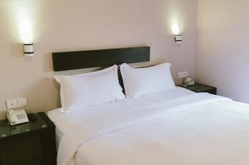Barelang Hotel Nagoya Batam Batam - Superior King room only Regular Plan