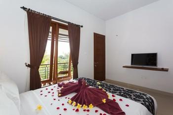 Rabasta Kubu Bali Suites Seminyak Bali - Deluxe With Balcony ROOM ONLY Save More!