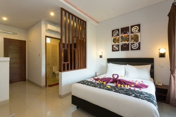 Rabasta Kubu Bali Suites Seminyak Bali - Deluxe Terrace ROOM ONLY Save More!