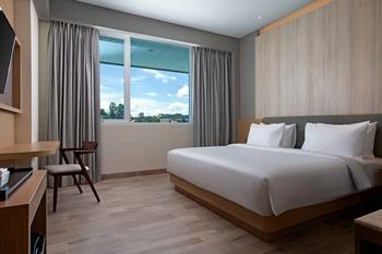 Hotel Santika Bukittinggi Bukittinggi - Executive Room King Regular Plan