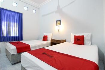 RedDoorz @ Jalan Menteri Supeno Yogyakarta - RedDoorz Twin Room Last Minute