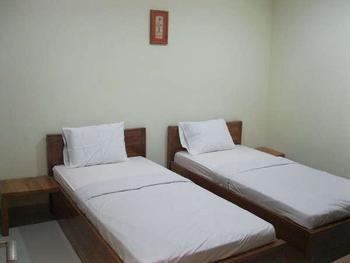 Graha Poernomo Surabaya - Deluxe Twin Bed Reguler plan