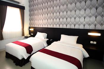 Grand Hotel Sampit - Superior Room Only - Flash Sale Regular Plan