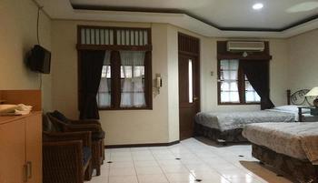 Hotel Talenta 3 Yogyakarta - Seruni Twin Room Regular Plan