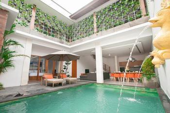Apple Villa Suite Spa Seminyak Bali - Five Bedroom Villa Regular Plan