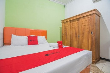 RedDoorz near Exit Toll Pasteur 3 Bandung - RedDoorz Room 24 Hours Deal
