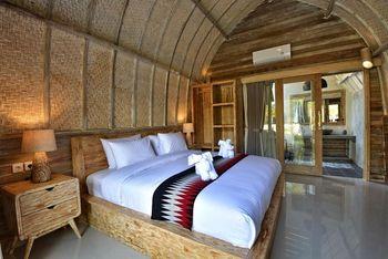Kompyang Cottage Bali - Double Room with Bathtub Big Deals