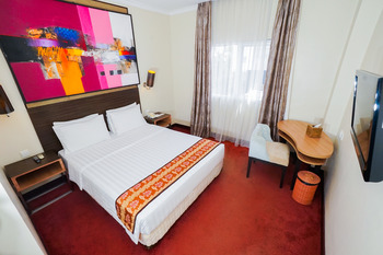 Brits Hotel Pangkalan Bun Kotawaringin Barat - Superior Double  Room Only Regular Plan