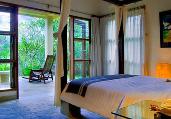 Puri Saron Hotel Gianyar Bali - One Bedroom Villa Jungle View FLASH
