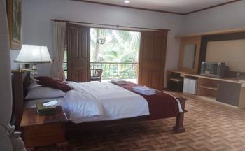 Puri Saron Hotel Gianyar Bali - Deluxe Valley View  FLASH