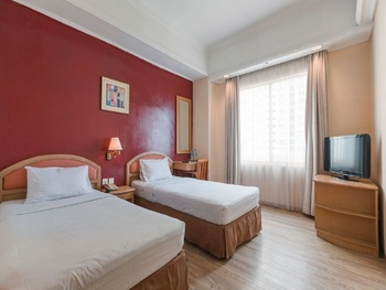 Hotel Banian Bulevar Jakarta - Superior Twin Room Only December Promo