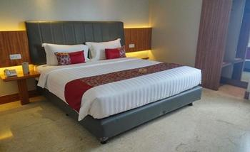 Demelia Hotel Makassar - Superior Room With Breakfast Regular Plan