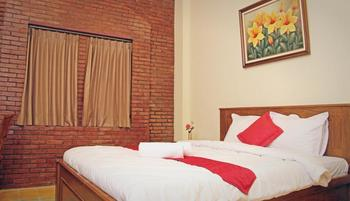Jacatra Homestay Malang - Superior Room Regular Plan