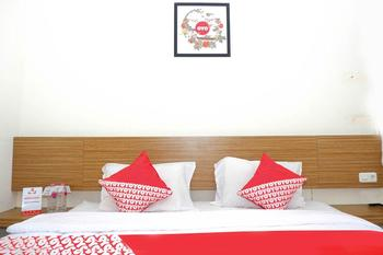OYO 381 House Of Blessing Guest House Semarang - suite double Room Regular Plan