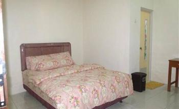 Griya Rambutan Barat Semarang Semarang - Standard - Room Only Regular Plan