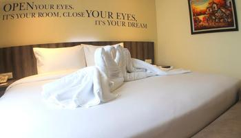 Kyriad Hotel Metro Kebayoran Jakarta - Executive Suite With Breakfast Regular Plan