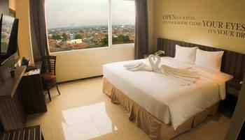 Kyriad Metro Cipulir Jakarta - Deluxe Room Only Regular Plan