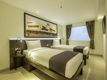 Collection O 22 Hotel Pasar Baru Heritage Bandung - Standard Twin Room Regular Plan