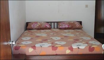 Penginapan Lestari Bali - Double Room with AC Regular Plan