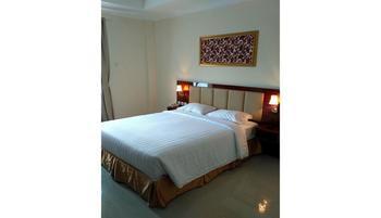 Le Semar Hotel Serang - Deluxe Room Regular Plan