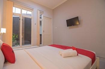 RedDoorz near UPI Setiabudi 2 Bandung - RedDoorz Room Basic Deal