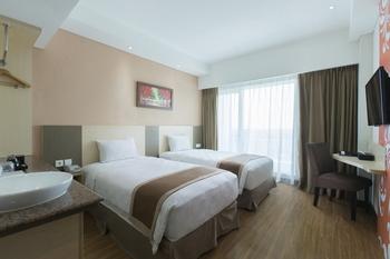 Dalton Hotel Makassar - Superior Twin Room Only Regular Plan