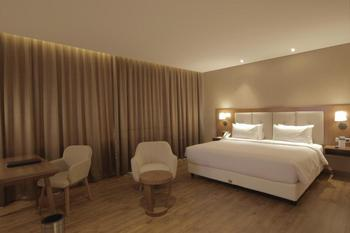 Avenzel Cibubur Managed by Topotels Bekasi - Deluxe Room Special Offers