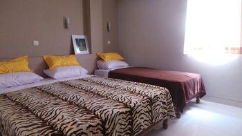 M1 Residence Syariah Tangerang - Deluxe King And Single Bedroom Regular Plan