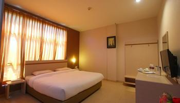 Lovina Inn Penuin Batam - Deluxe Room Only Regular Plan