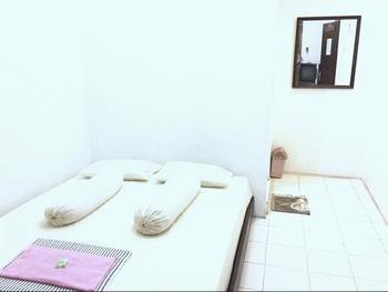 Wana Wiyata Guesthouse Yogyakarta - Standard Room Only Regular Plan
