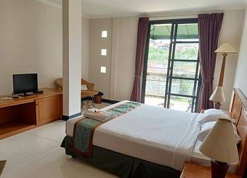 Casa D'Ladera Hotel Bandung Bandung - Standard King Room Regular Plan