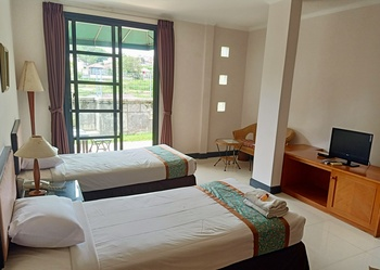 Casa D'Ladera Hotel Bandung Bandung - Standard Twin Room Regular Plan