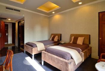 Hotel Peninsula Mangga Besar Jakarta - Deluxe Room Regular Plan