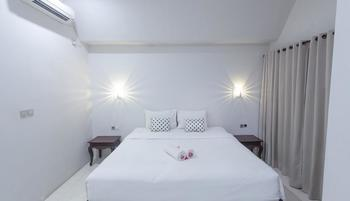 JM Hotel Kuta Lombok - Bungalow With Breakfast Regular Plan