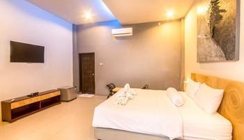 JM Hotel Kuta Lombok - Deluxe Room SPECIAL RATE ON PEGIPEGI.COM